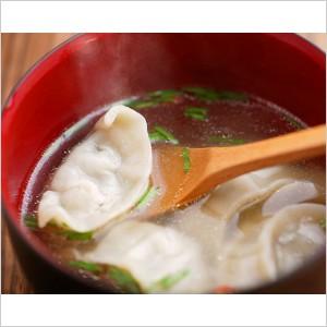 手作り餃子(30個入り)の写真2